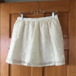 Lush Cream Skirt With Floral Pattern